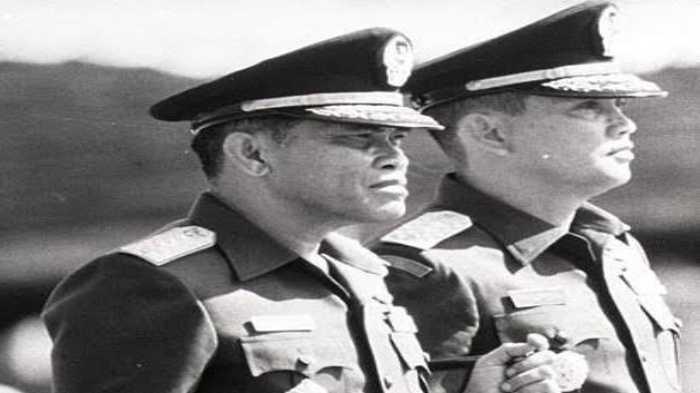 Berkawan Karib Sejak Masih Perwira Muda, Dua Jenderal Hebat Ini Sukses Jadi Panglima TNI