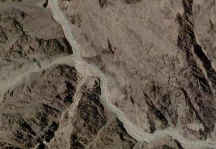 Citra Satelit Tunjukkan Tiongkok Kosongkan Kamp Militer di Perbatasan India