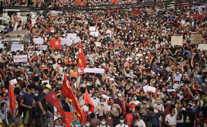 Dilihat Mendukung Militer, Kedubes RI di Yangon Diserbu Demonstran
