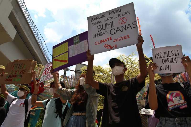 Hentikan ke(tidak)bijakan Yang Membuat Krisis Iklim Lebih Parah