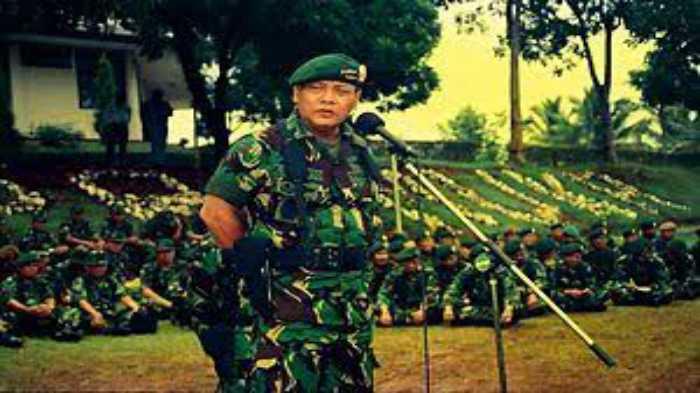 Jarang Terjadi Seorang Panglima TNI Ajukan Pengunduran Diri Kepada Presiden, Ini Kisahnya