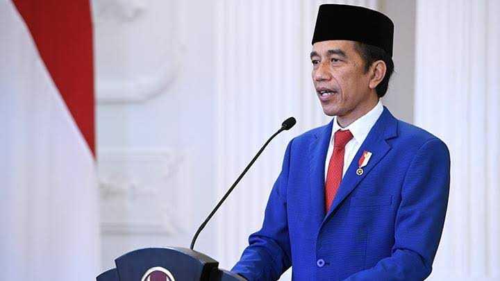 Jokowi Resmi Bubarkan 3 BUMN