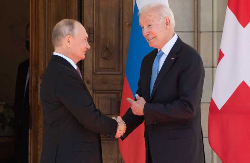 Makna Pertemuan Putin-Biden