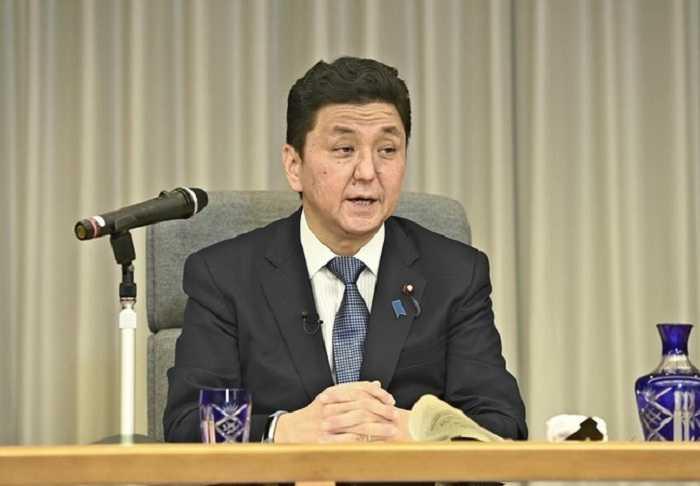 Menhan Jepang Serukan Perdamaian di Selat Taiwan