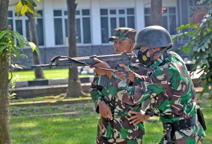 Naluri Tempur Prajurit Marinir Terus Diasah