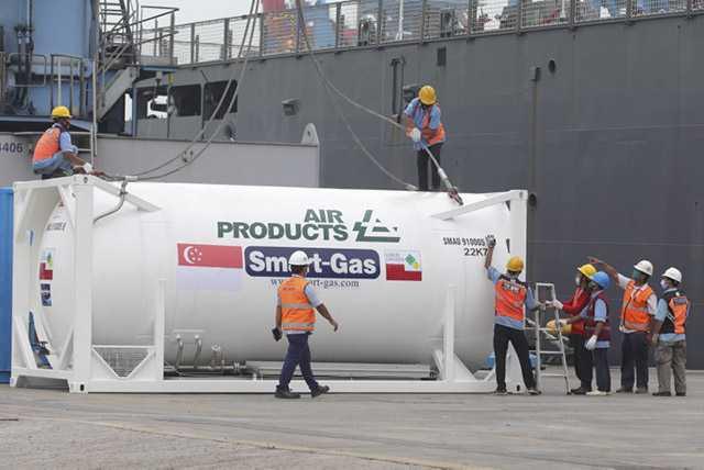 Oksigen Bantuan Singapura  untuk RS di Jawa dan Bali
