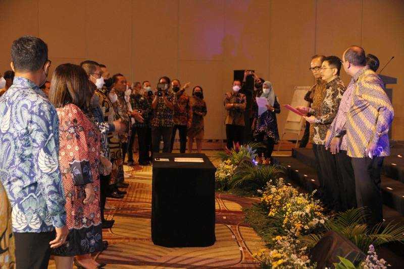 Pelantikan Pengurus dan Anggota Kadin Indonesia periode 2021 - 2026