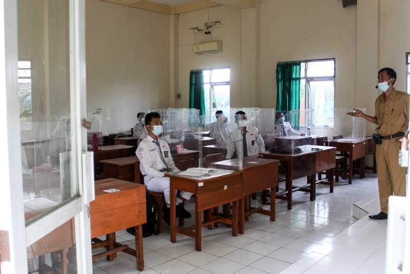 Peran Pendidik Menguatkan Ideologi Pancasila