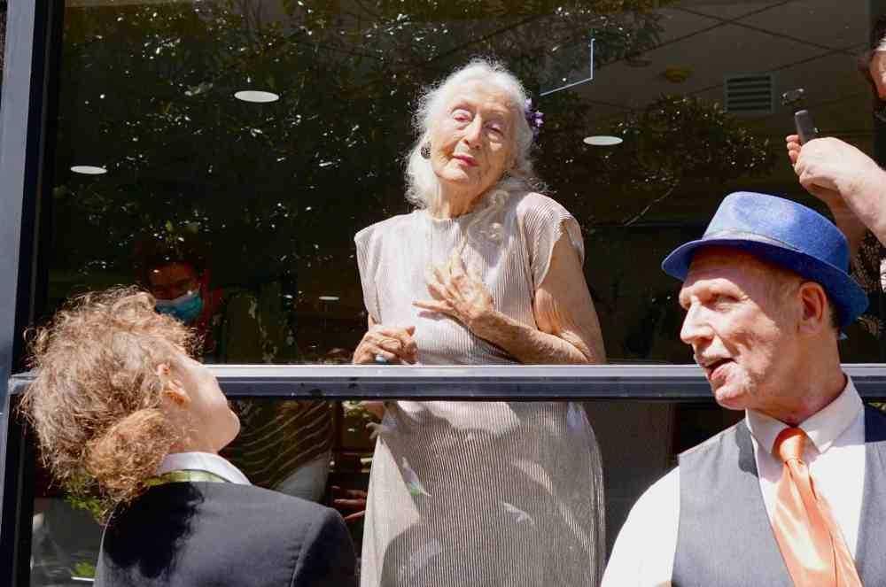 Perempuan Multitalenta Berusia 106 Tahun yang Menolak Disebut Tua