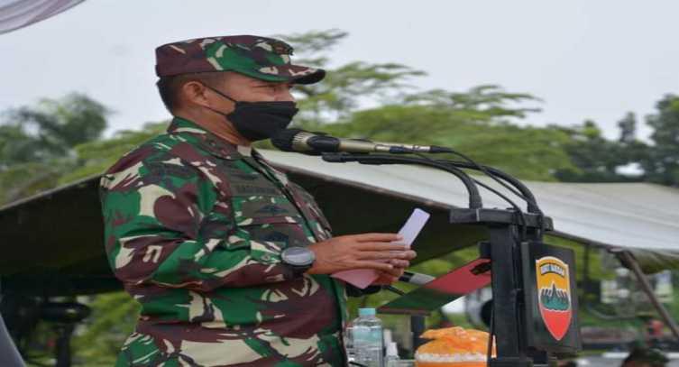 Pesan Tegas Mayjen Hassanudin Kepada Prajurit yang Akan Berangkat ke Medan Operasi