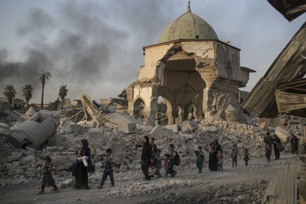 Sisa ISIS Bertahan di Desa Dekat Mosul