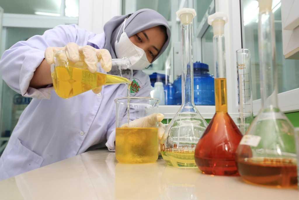 Produksi Parfum