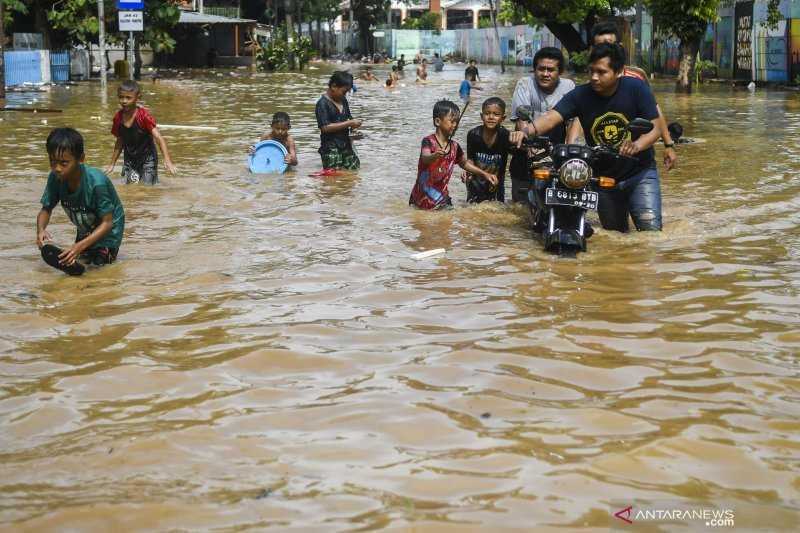 Sejumlah Ruas Jalan di Jakarta Terendam Banjir