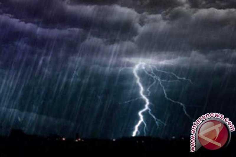Semoga Tidak Banjir, BMKG Perkirakan Jakarta Berpotensi Hujan Disertai Petir