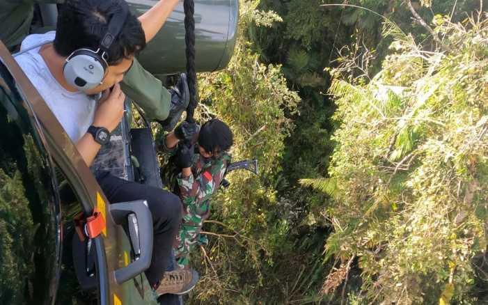 Tegang, Setelah Merayap di Kegelapan Malam dan Lebatnya Hutan, 5 Prajurit Kopassus Berhasil Tewaskan 2 Teroris Poso